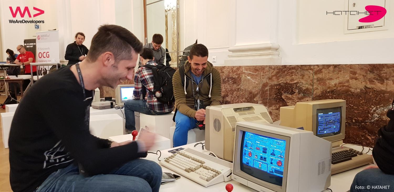 Michael König und Georg Selig auf dem WeAreDevelopers AI Congress Vienna 2018